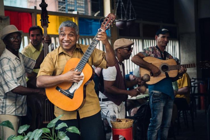 Advent-Films-Cuba-1