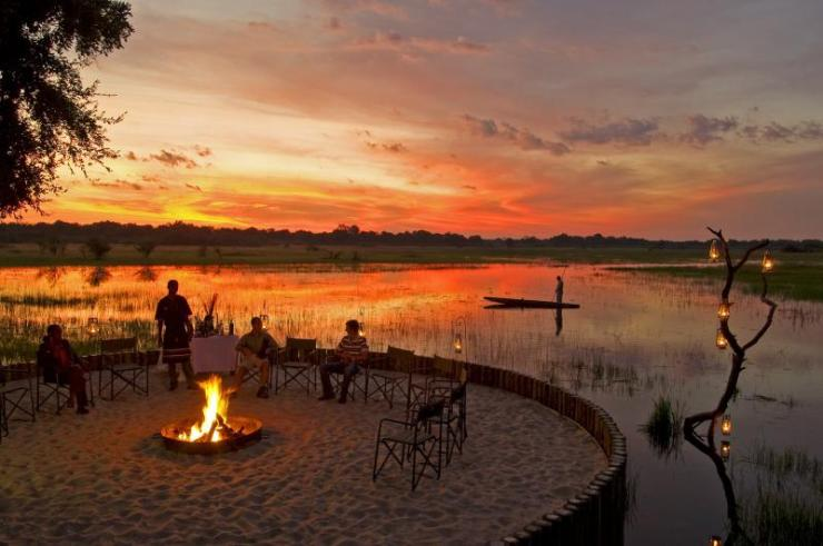 africa_botswana_luxury-lodge-chiefscamp