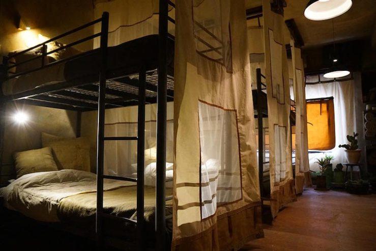 banksy-border-wall-hotel-12