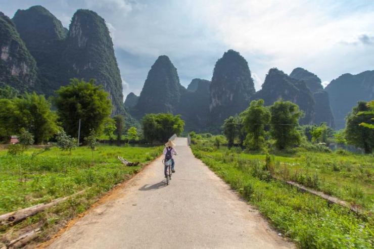 china_bicycle_tours_around_yangshuo_guangxi_guilin