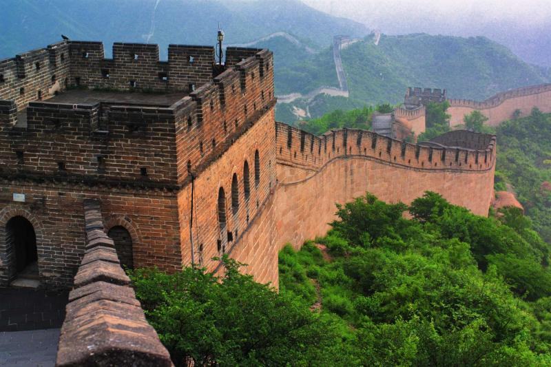 china_great_wall_close_view