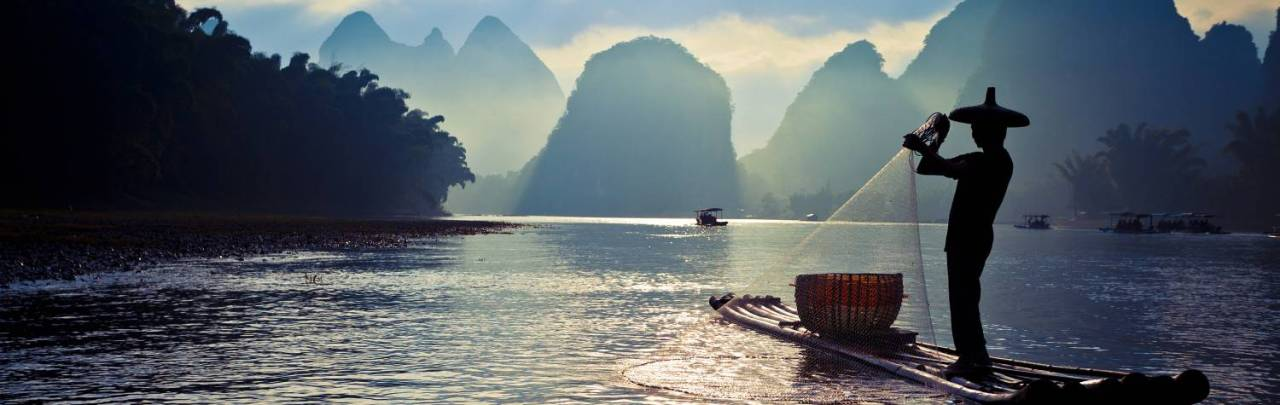china_guilin_lijiang_river_fishermen_fishing_h2