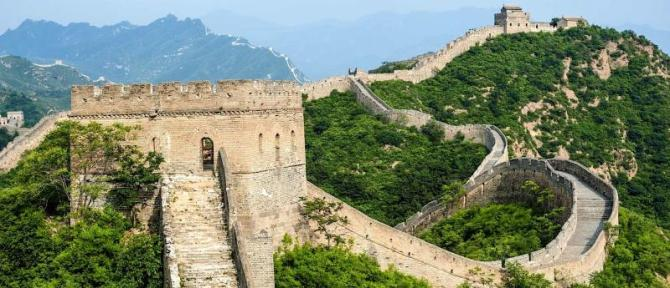 china_jinshanling_great_wall_located_in_hebei_province_h1