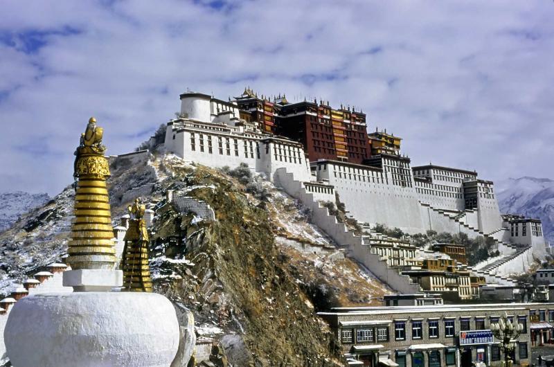 china_lhasa_tour_potala_palace