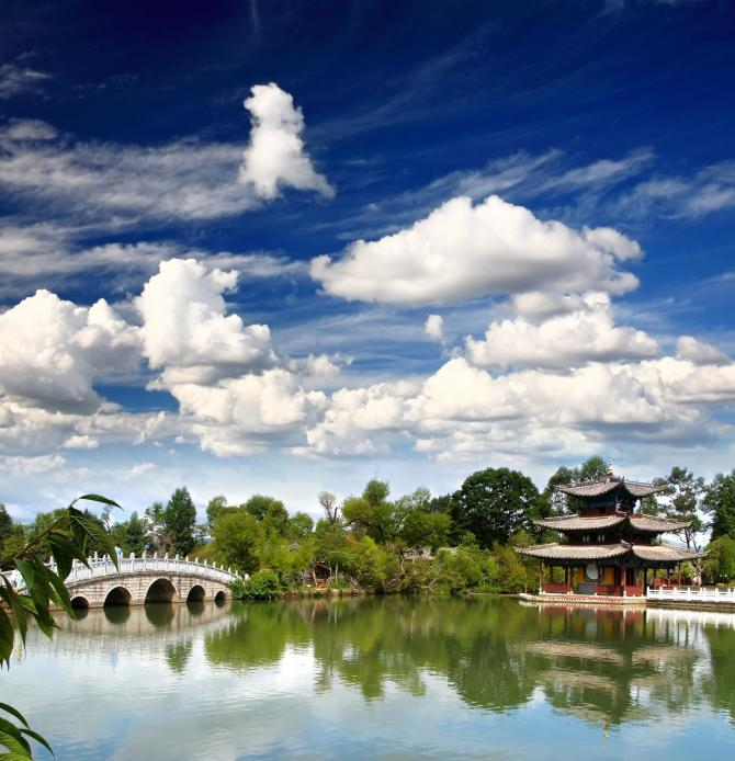 China_Lijiang_Tour_Black_Dragon_Pool