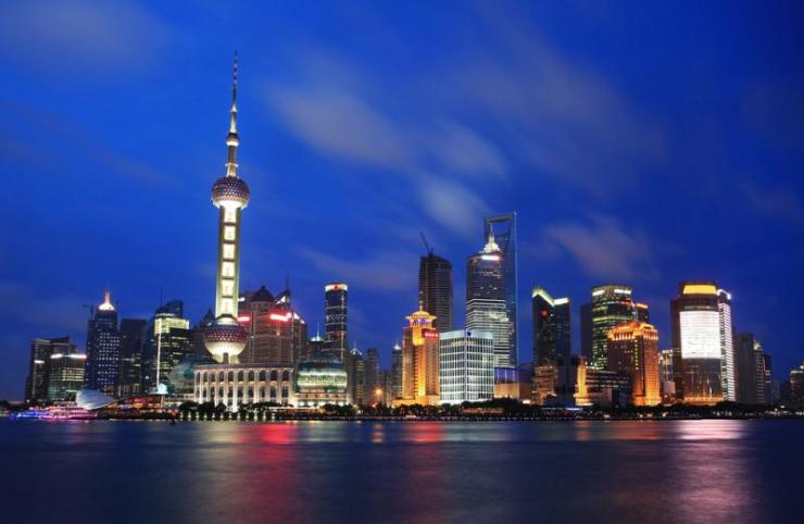 china_shanghai_tour_beautiful_shanghai_pudong_skyline_at_dusk