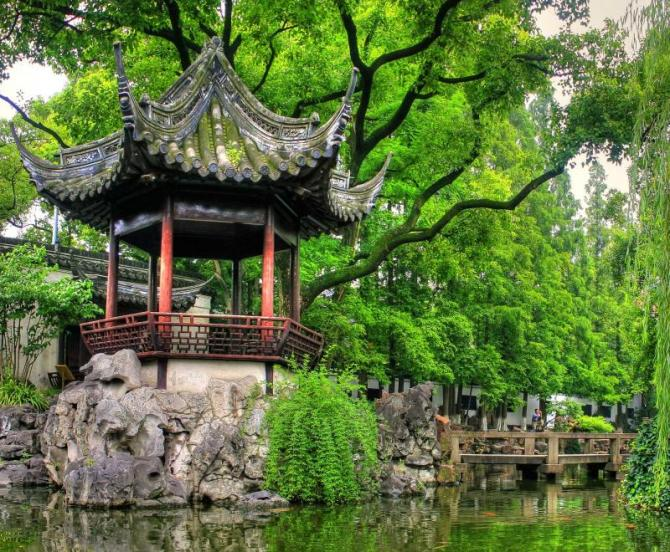 china_shanghai_tour_yu_yuan_gardens_0