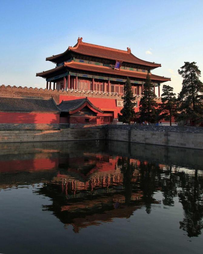 chinabeijingtourgateofdivineprowess