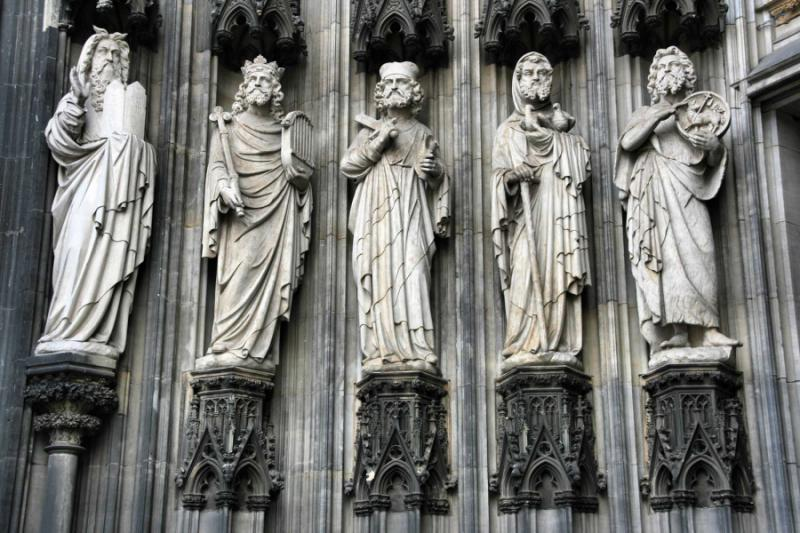 germany_cologne_tour_cologne_cathedral_of_saint_peter_and_mary