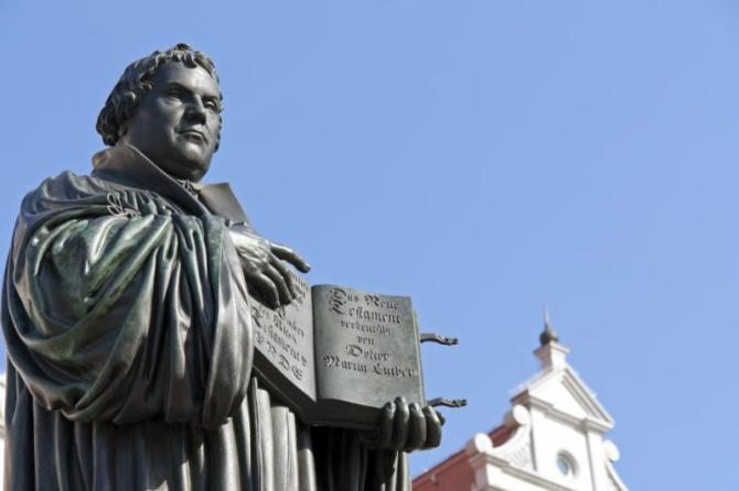 germany_monument_of_martin_luther._it_was_the_first_public_monument_of_the_reformer_designed_1821_by_j._g._schadow_wittenberg