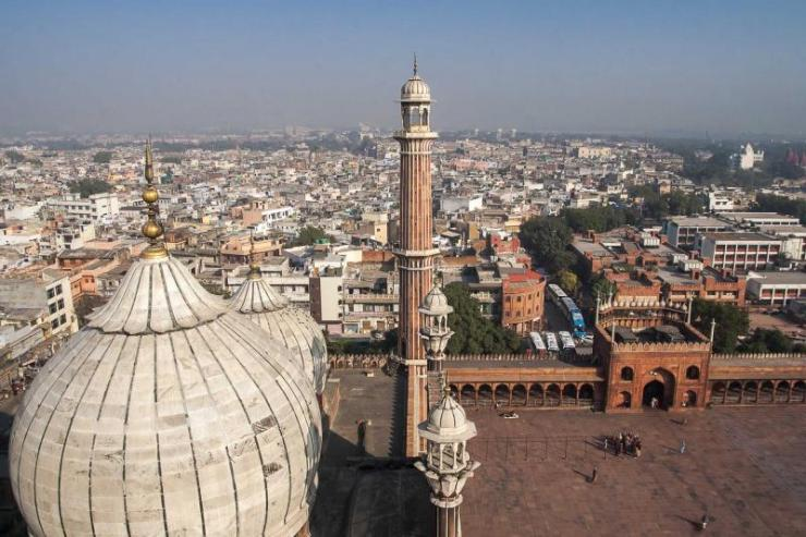 india_delhi_dome_an_minaret_of_jama_masjid_mosque_in_delhi