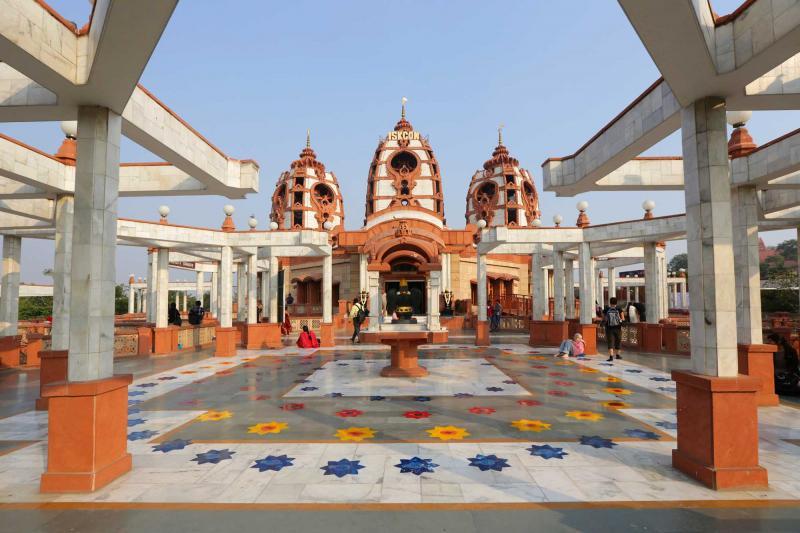 india_new_delhi_hare_krishna_temple_india