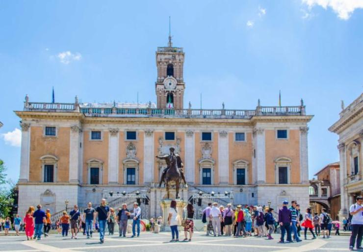 italy_rome_the_capitoline_in_rome_italy._capitol_hill_e
