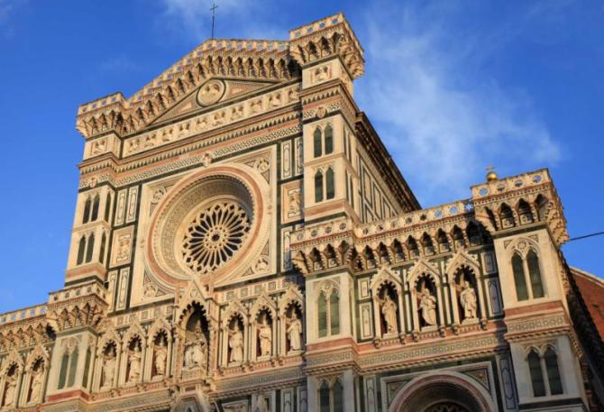 ornate_facade_of_cathedral_of_santa_maria_del_fiore_il_duomo_di_firenze_florence_italy._the_basilica_is_one_of_italy39s_largest_churches_unesco_world_heritage_site