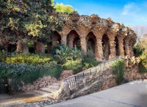 spain_barcelona_park_guell_gaudi