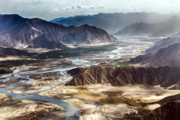 tibet_china_mountain_around_lhasa_gonggar_airport
