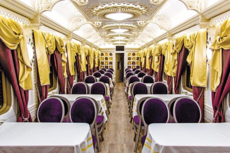 tsars_gold_train_restaurant_car_2_-_x