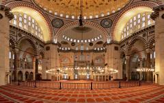 turkey-istanbul-suleymaniye-mosque-interior