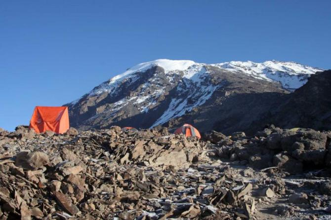 africa_tanzania_camping_on_the_summit_of_kilimanjaro