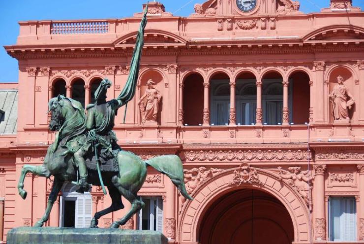 argentina-buenos-aires-general_belgrano_monument-casa-rosada
