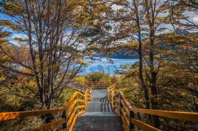 argentina-perito-moreno-glacier-path