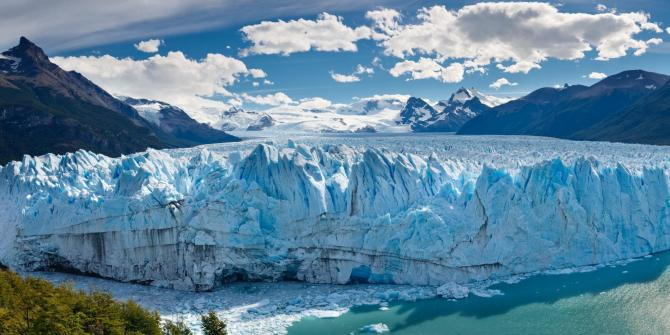 Argentina_Patagonia_Tour_Perito_Moreno_Glacier_-_lost_world_adventures