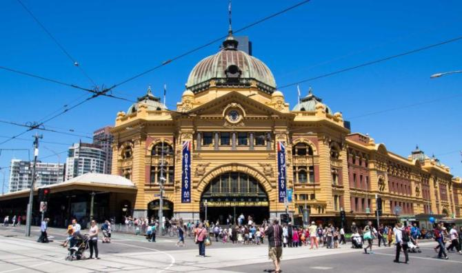 australia-melbourne-flinders-street-station-entrance12