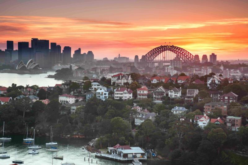 australia_sunset_over_sydney_harbour_taken_from_a_unique_position_which_is_not_available_to_anyone_1