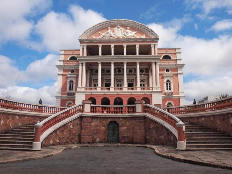 brazil-manaus-teatro-amazonas