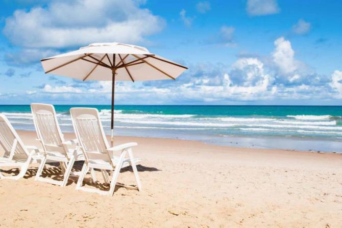 brazil-recife-beach-chairs-full_0
