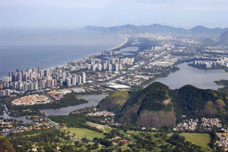 brazil-rio-de-janeiro-barra-da-tijuca-view-full