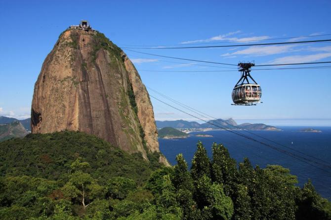 Brazil_Rio_de_Janeiro_Tour_Cable_Car_to_Sugar_Loaf_-_12