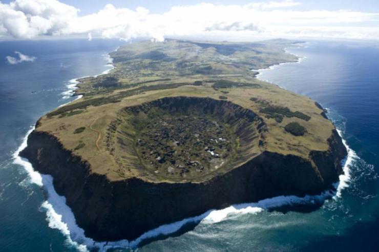 chile_easter_island_aeras_rapa_nui_03