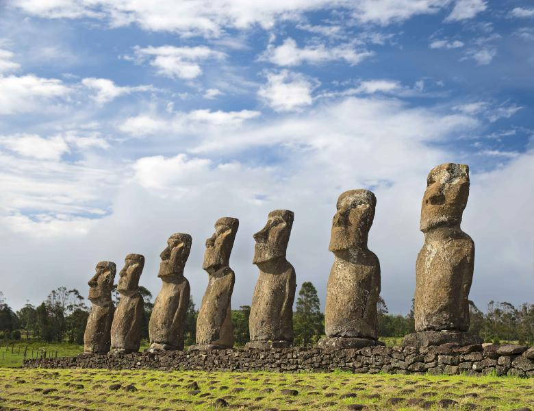 chile_easter_island_view