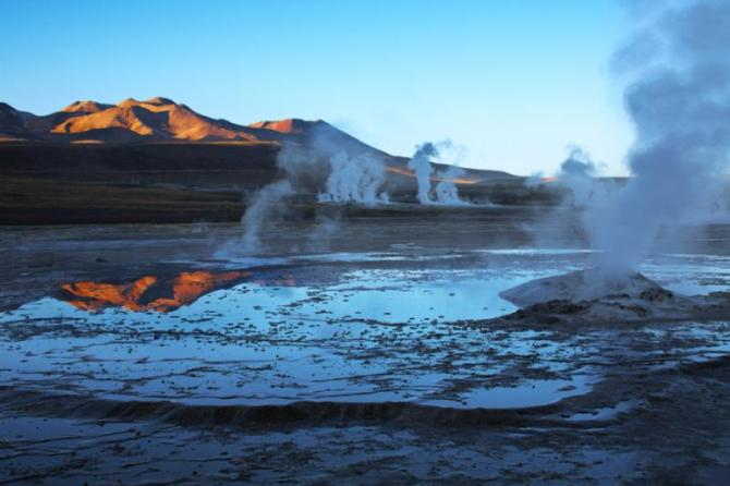Chile_El_Tatio_Tour_Geyser_field_in_Atacama_0
