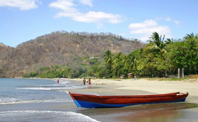 costa_rica_guanacaste_tour_playa_hermosa1