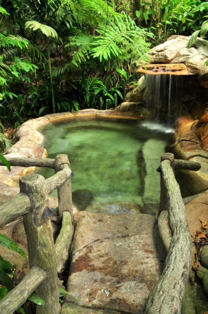 costa_rica_hot_springs_pool_in_costa_rica