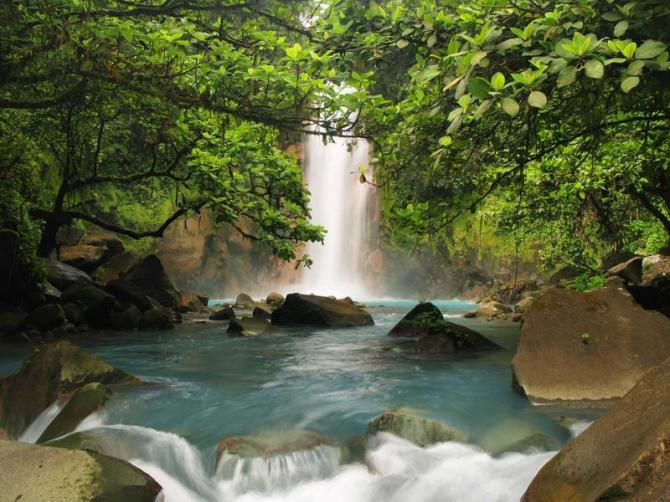 costaricawaterfallsnature1