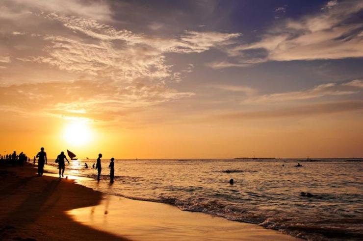 tanzania_zanzibar_tour_beautiful_sunset_on_beach_0