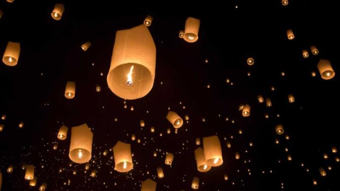 thailand-chiang-mai-floating-lantern-festival
