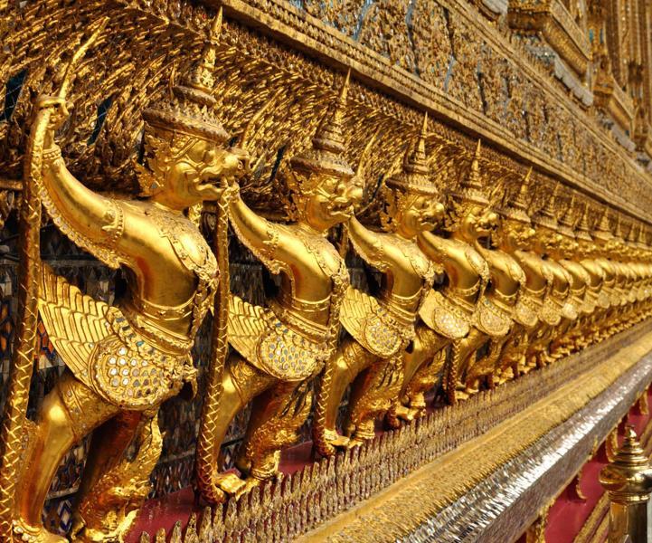 thailandbangkoktourinteriorofgrandpalace_1