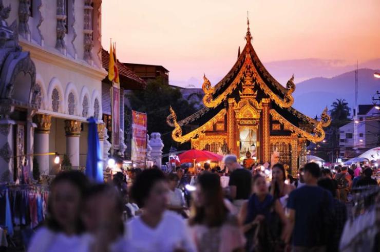 thailandchiangmaicitycentersundaymarketwalkingstreet